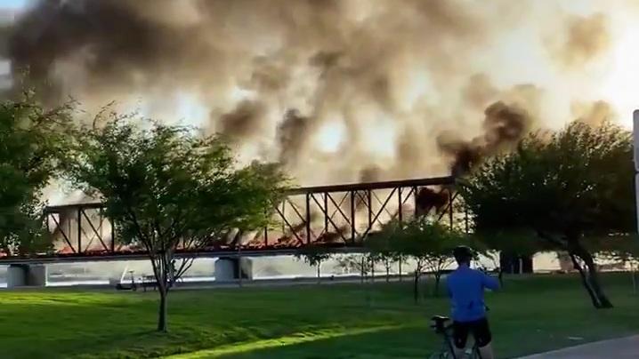 """תיעוד: פיצוץ ברכבת נוסעים באריזונה ארה""""ב"""