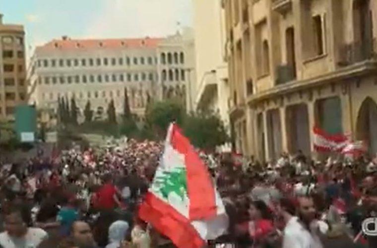 הפגנות האזרחים ברחבי לבנון | צילום מסך CNN