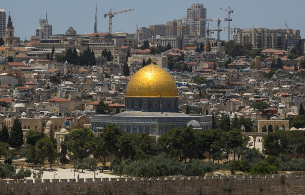 הר הבית, על פי הדיווחים מכל מדינות ערב יוכלו לבוא ולהתפלל במק צילום: אוליבייה פיטוסי / Flash90