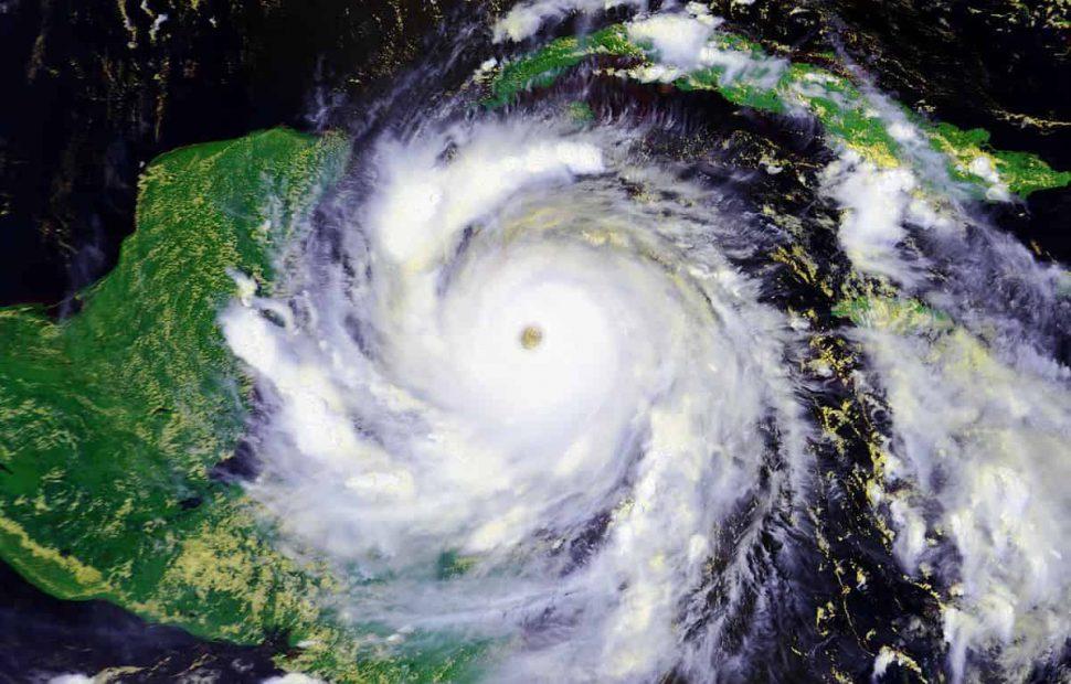 סופת ציקלון-תמונת לווין (ויקיפדיה)